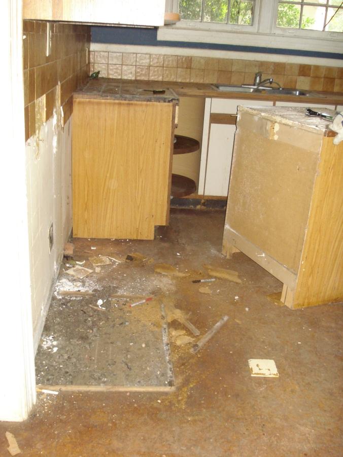 Goodbye kitchen cabinets...