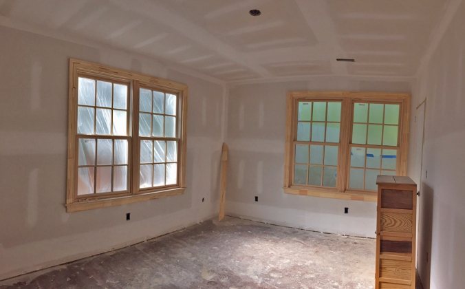 Window Trim! (Guest Bedroom)