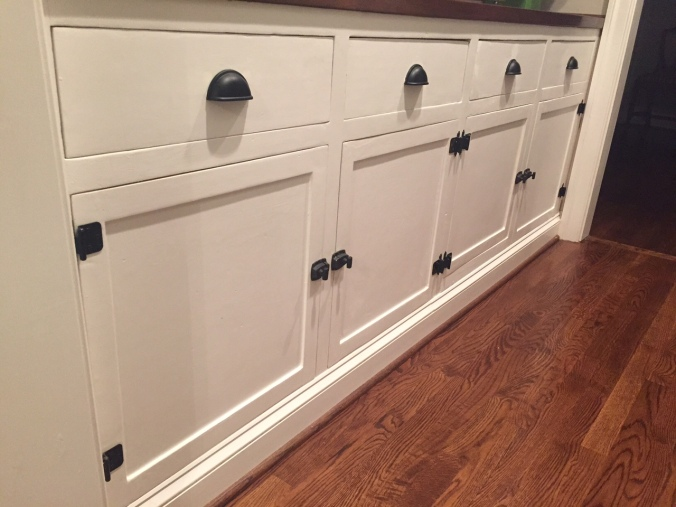 Sneak peek at the Butler's Pantry cabinets (I'll do a full post on this soon!) With a fresh coat of paint and new hardware, they blend right in with the new cabinets!